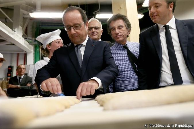 Hollande y Renzi en Expo-Milán © Présidence de la République