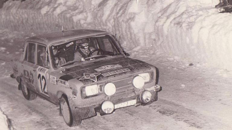 ANTONIO-ZANINI-EN-EL-RALLY-DE-MONTECARLO-EN-1977