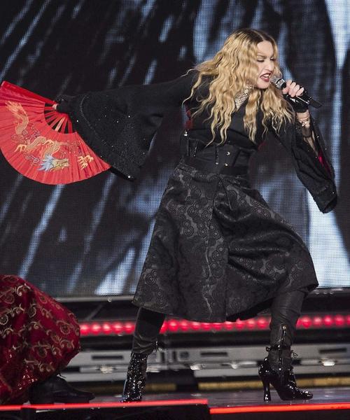 El-estilo-oriental-del-concierto-de-Madonna