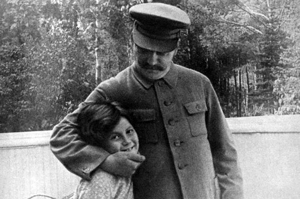 Stalin y su hija _ Portada