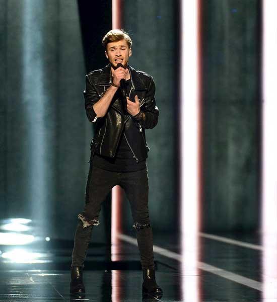 El-cantante-de-Letonia