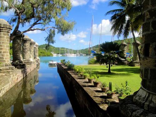 Antigua Foto Unesco © Nicola & Reg Murphy