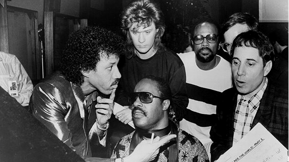Stevie Wonder & Lionel Richie Paul SimonOk