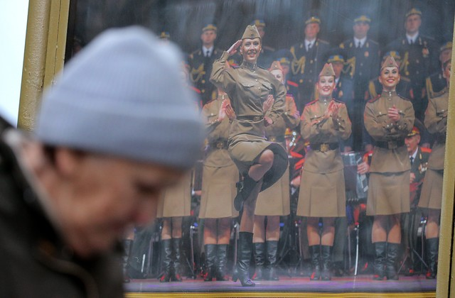 Coro Ejército rojo_Foto EFE_EPA_MAXIM SHIPENKOV