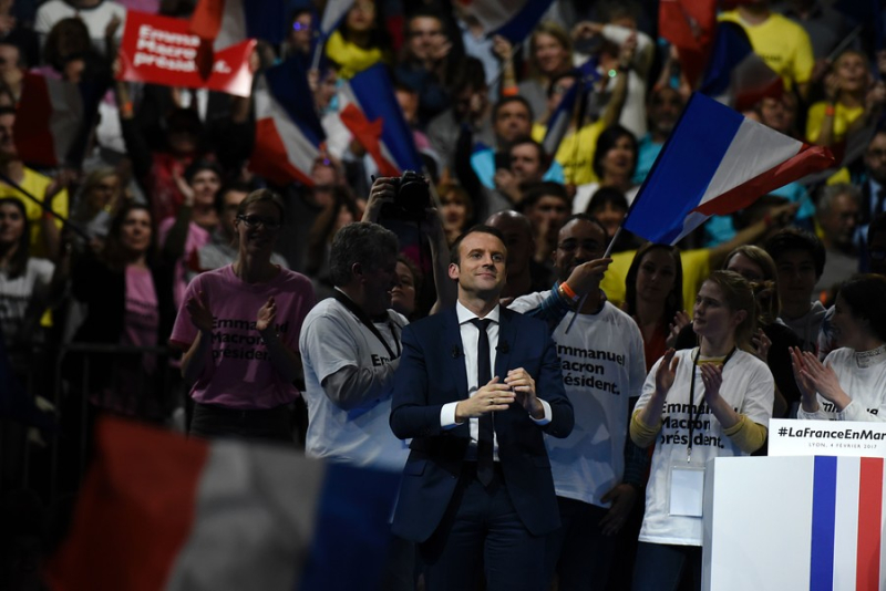 AFP_LE9LS_8ed93_Macron