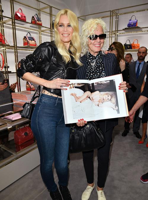 Claudia Schiffer Al Desnudo La Vida Al Bies Blog De Moda De