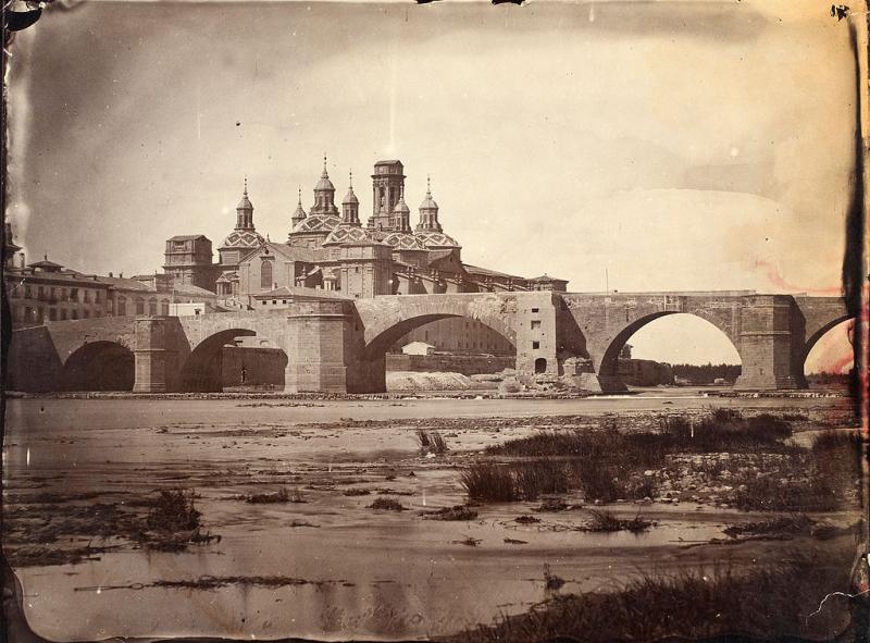 Puente_de_Piedra_y_Pilar_s_XIX_Foto Wikipedia