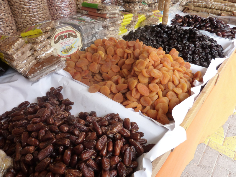 Dried-fruit-394070_1920
