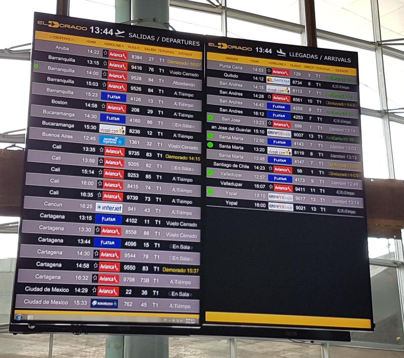 Panel foto en aeropuerto El Dorado