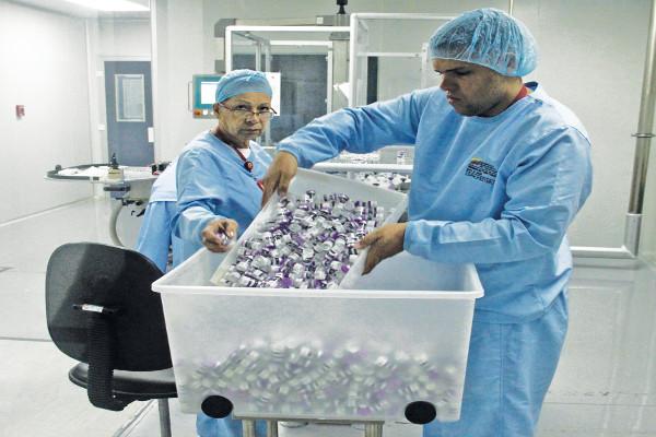 319 Empresa-Social_EMPROMED-BIO_elabora-medicamentos-esenciales