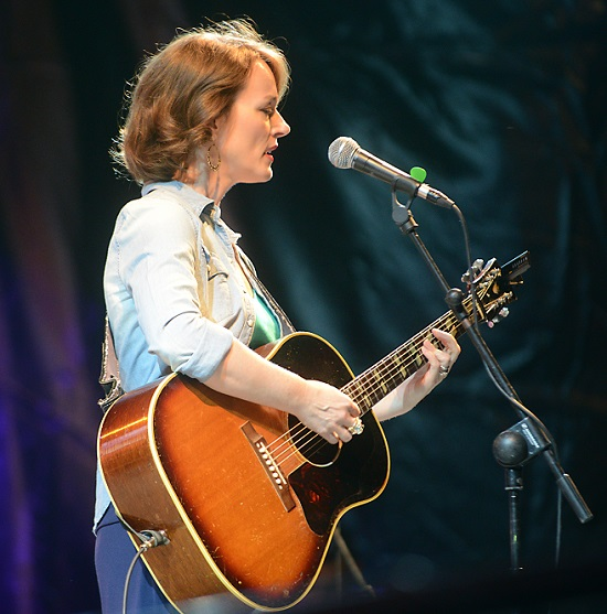 190825_laura_cantrell