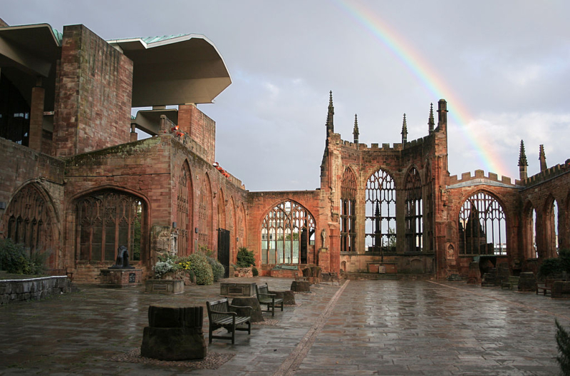 1024px-Coventry_Cathedral_Ruins_with_Rainbow_edit