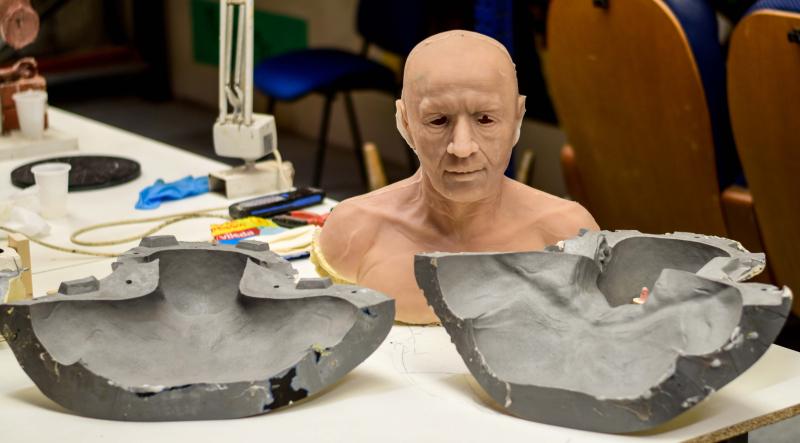 Moldes para la réplica del busto en silicona