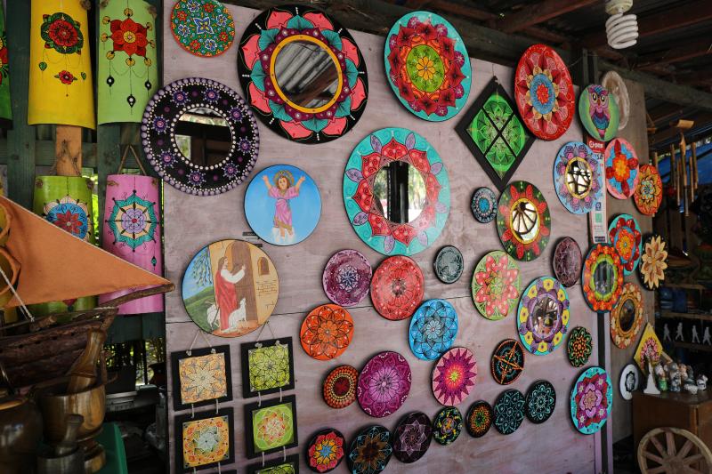 Artesanías en Areguá