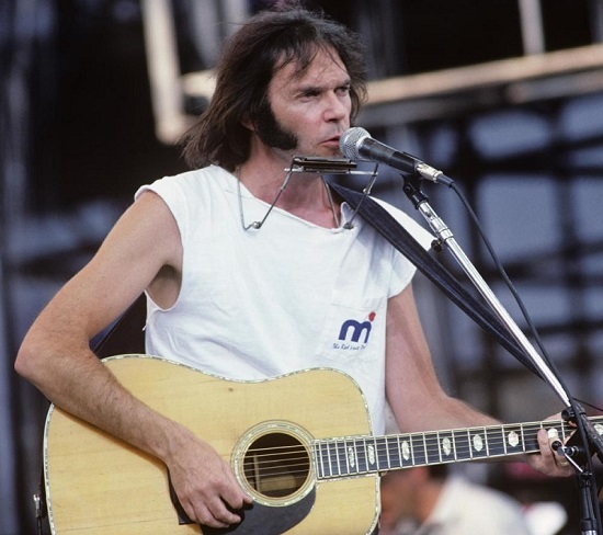 201114_neil_young4