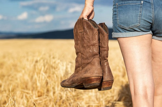 201226_cowgirl_boots