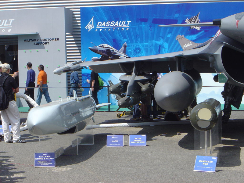 1024px-Dassault_Rafale_weaponry_DSC04186