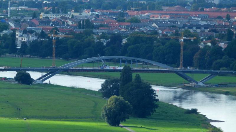 Waldschlößchenbrücke-September-2011-3